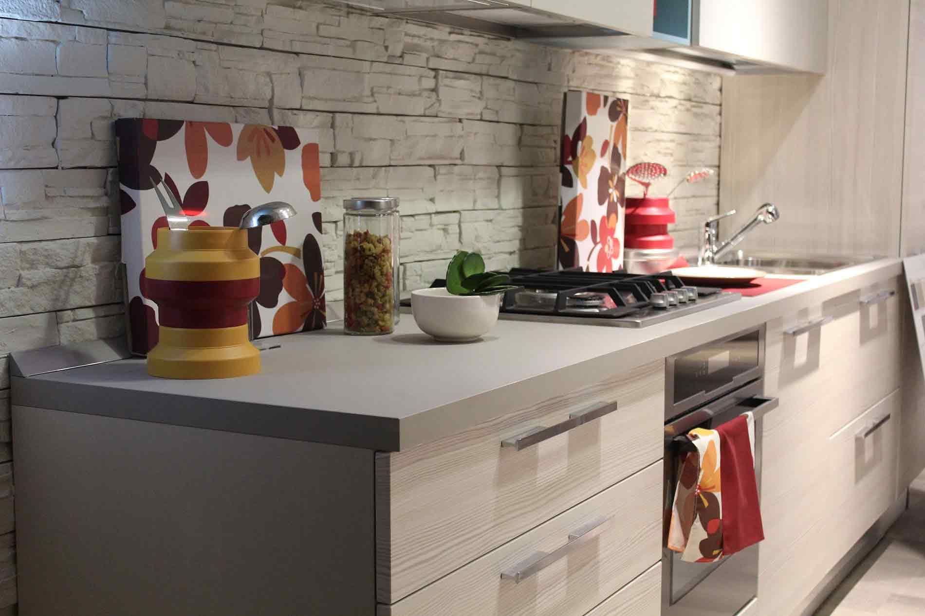 modern kitchen with neutral backsplash